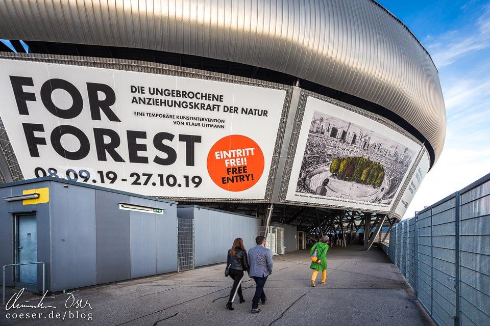 Kunstinstallation FOR FOREST im Wörtherseestadion in Klagenfurt