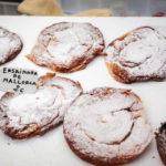 Mallorquinische Köstlichkeiten auf dem Markt von Sineu