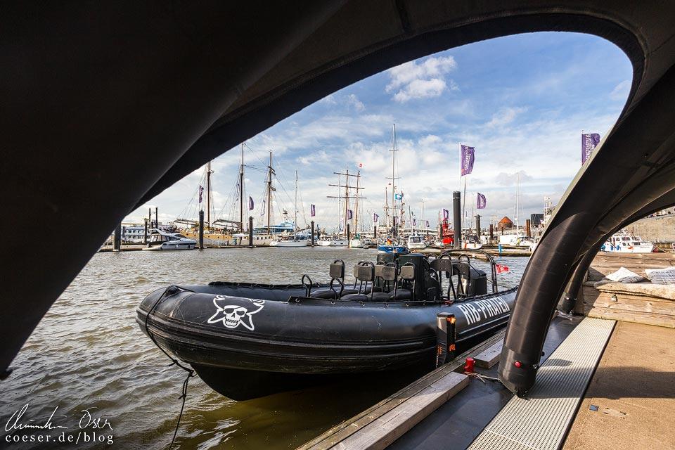 Speedboot der RIB Piraten im Hamburger Hafen