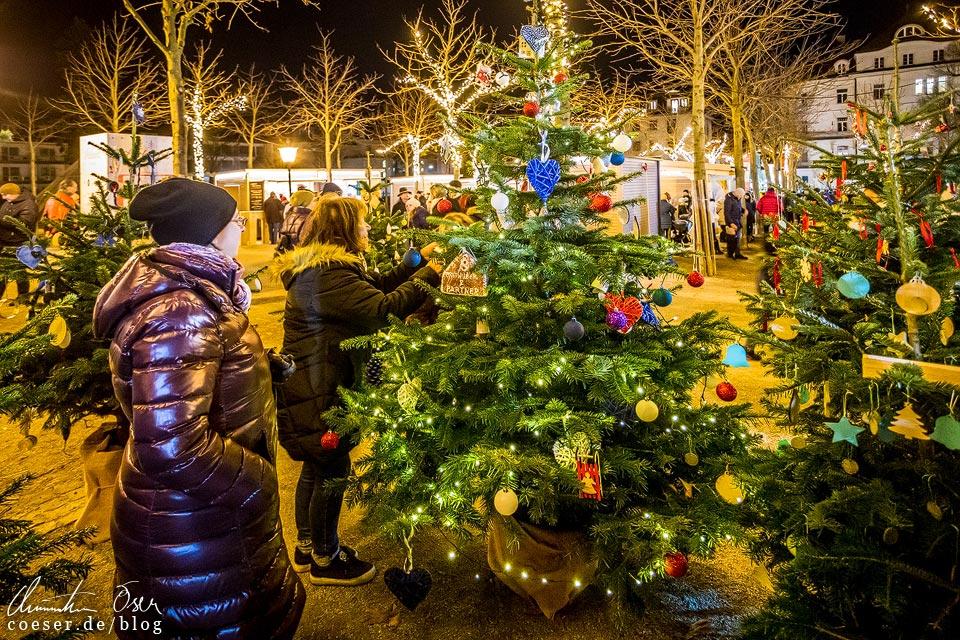 Weihnachtsmarkt im Kurpark beim Advent in Baden bei Wien