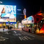 Leuchtreklame auf dem Picadilly Circus in London