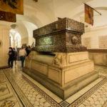 Grabstätte des Duke of Wellington in der Krypta der St Paul's Cathedral