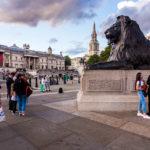 Löwenfigur auf dem Trafalgar Square in London