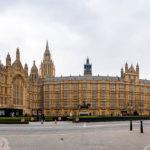 Außenansicht des Palace of Westminster in London