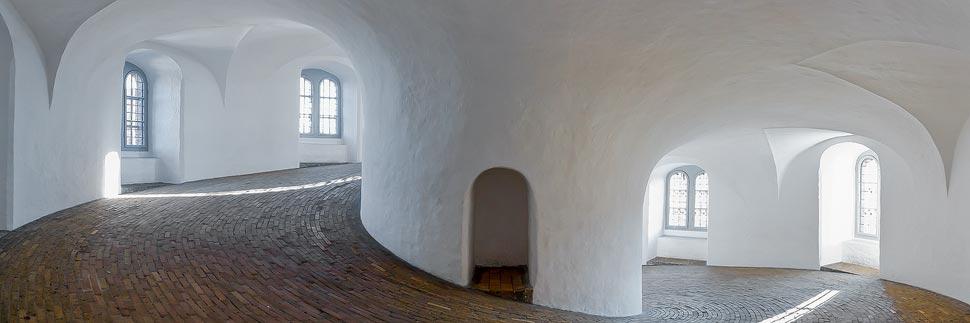 Wendelgang im Turm Rundetaarn in Kopenhagen