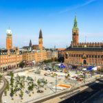 Aussicht auf den Rathausplatz von Kopenhagen im Hotel citizenM Copenhagen Rådhuspladsen