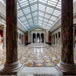Säulenhalle in der Ny Carlsberg Glyptotek in Kopenhagen