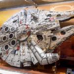 Modell des Millennium Falken aus Star Wars im LEGO-Shop in Kopenhagen
