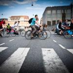 Dutzende Radfahrer in Kopenhagen