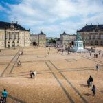 Achteckiger Platz und die Gebäude des Schloss Amalienborg