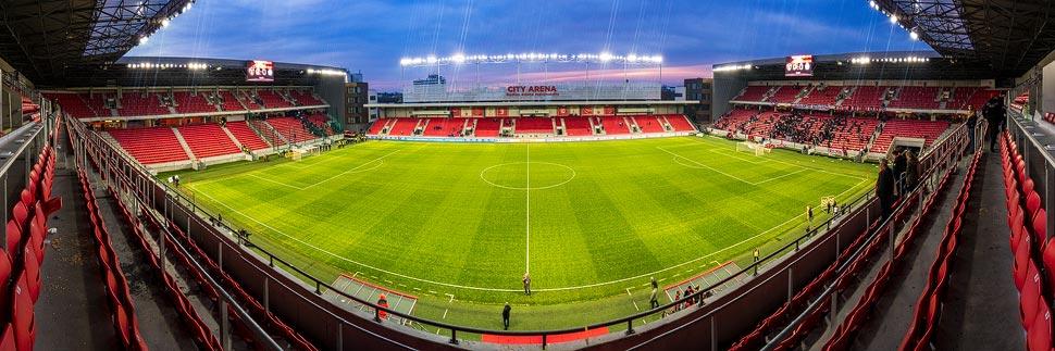 Panorama des Stadions City Arena (Štadión Antona Malatinského) in Trnava
