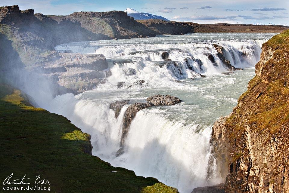 Der Wasserfall Gullfoss in Island