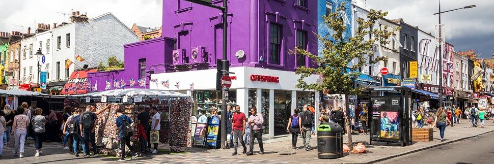Bunte Häuser am Camden Market in London