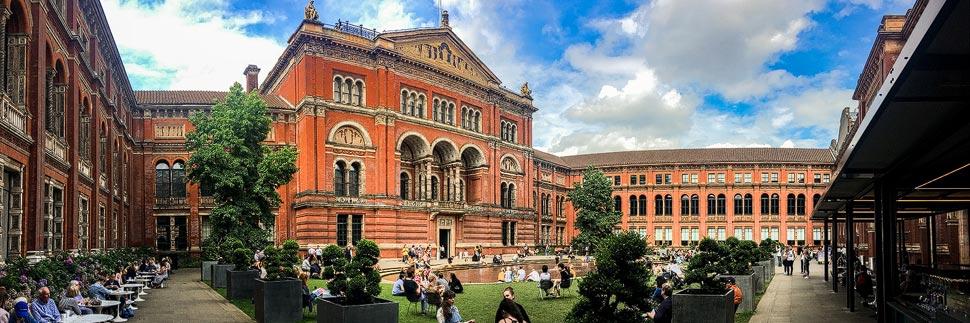 Innenhof im Victoria and Albert Museum in London
