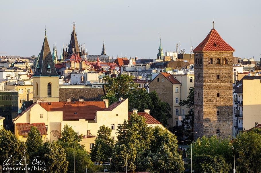 Aussichtspunkt Biergarten im Letnà Park in Prag