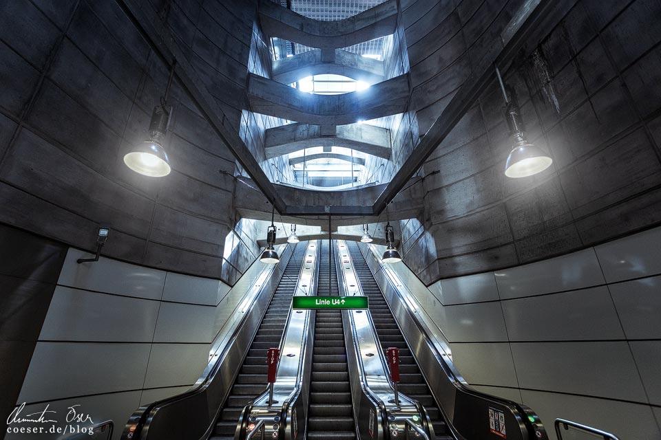 U2/U4-Station Schottenring der Wiener U-Bahn · Architekt: Gerhard Moßburger