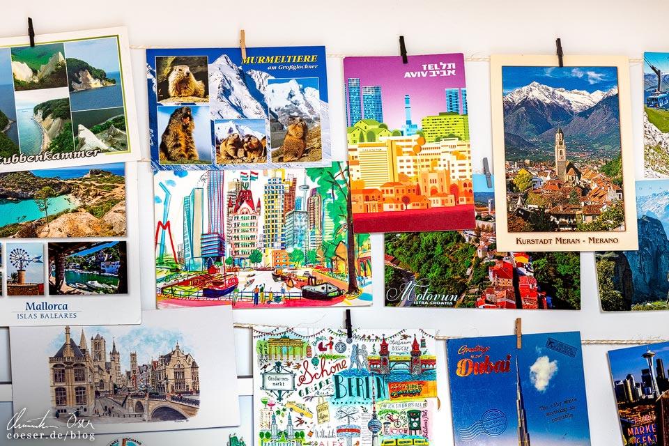 Postkarten als Reisesouvenir für Zuhause