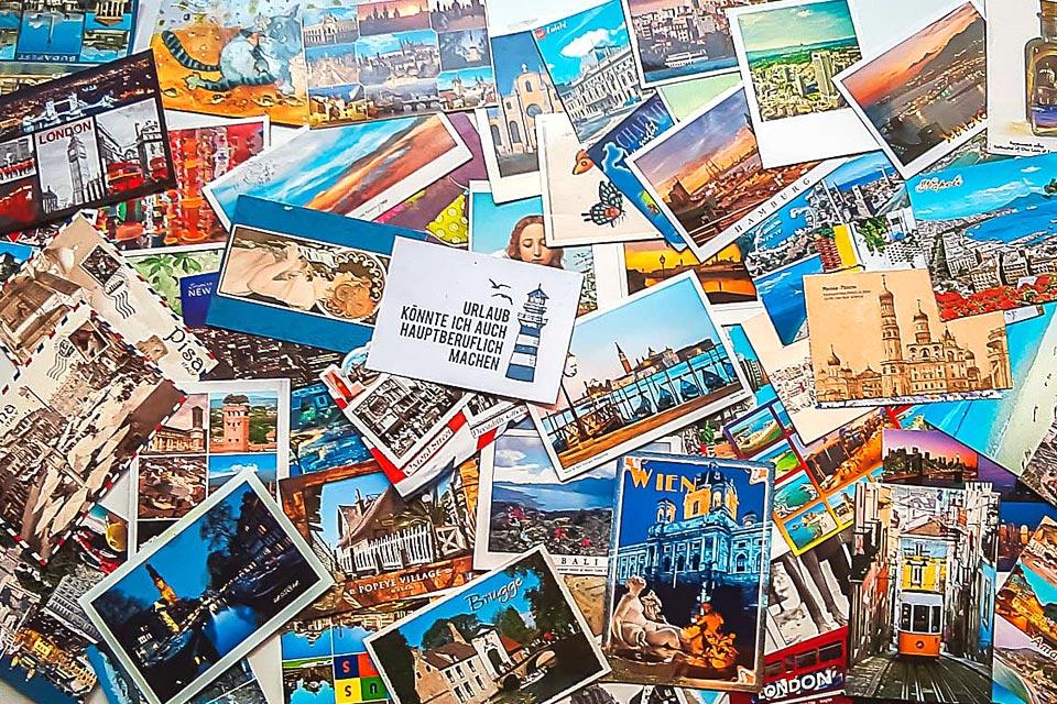 Postkarten als Reisesouvenirs