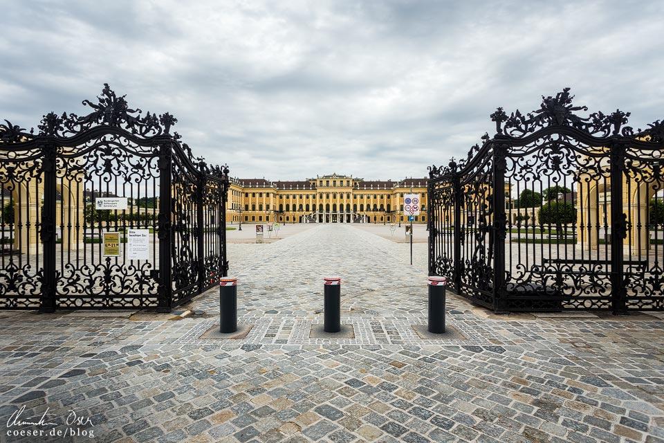 Das leere Wien in der Coronaviruskrise: Schloss Schönbrunn