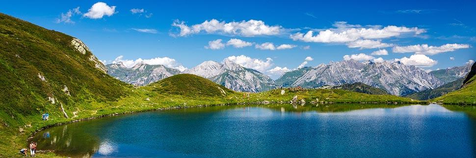 Schwarzsee auf dem 3-Seen-Wanderweg auf dem Hochjoch