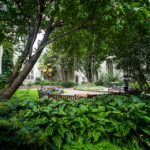 Begrünter Garten in der ehemaligen Kirche St Dunstan-in-the-East in London