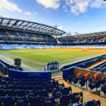 Innenansicht des Stadions Stamford Bridge (FC Chelsea) in London