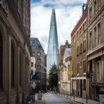 Blick auf den Wolkenkratzer The Shard in London