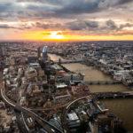 Blick vom Wolkenkratzer The Shard auf London
