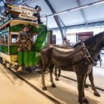 Alte Pferdestraßenbahn im London Transport Museum