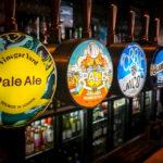 Bierauswahl auf dem Street Market Vinegar Yard in London