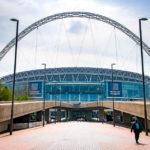 Außenansicht des Wembley Stadium in London