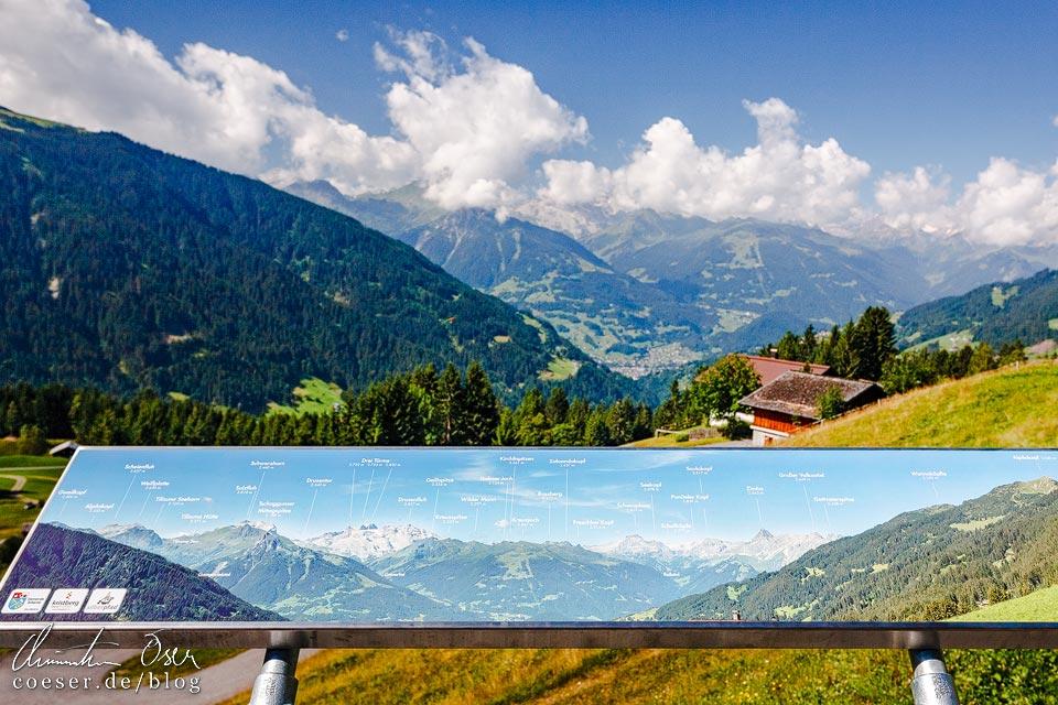 Panorama-Ausblick von der Bergstation der Kristbergbahn im Montafon