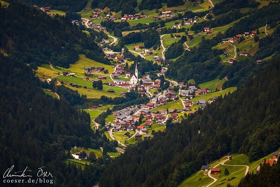 Ausblick vom Kristberg auf die Ortschaft Silbertal