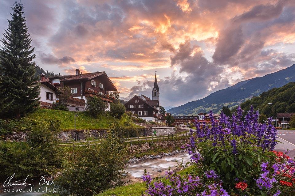 Sonnenuntergang in Silbertal im Montafon