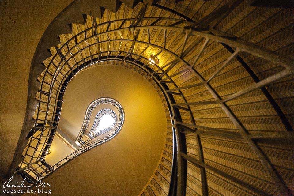 Treppenhaus im Haus zur Schwarzen Madonna in Prag