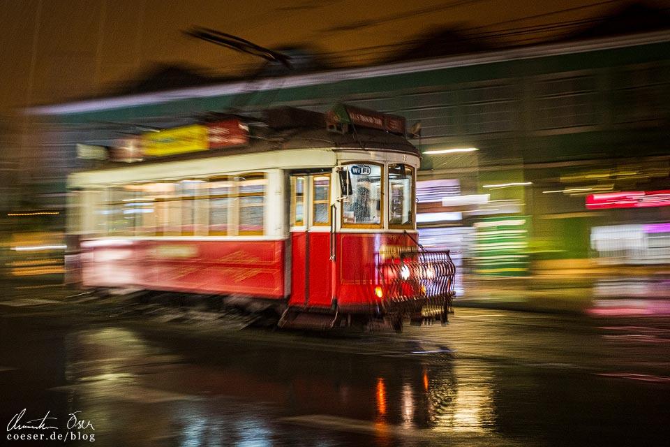 Rote Straßenbahn (Tramway) in Lissabon