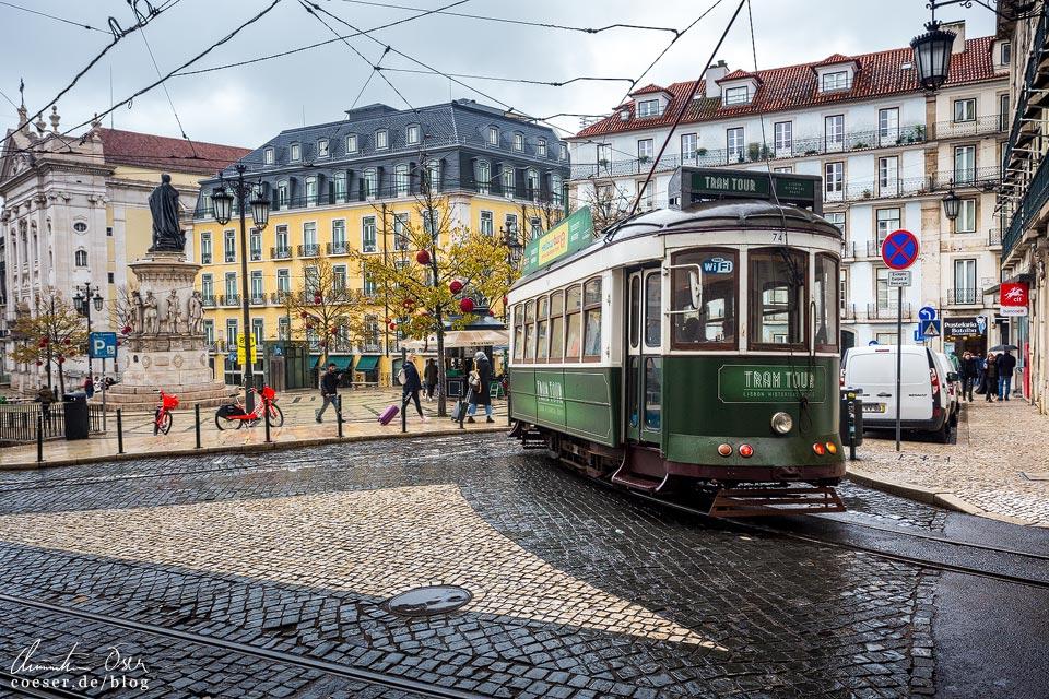 Grüne Straßenbahn (Tramway) in Lissabon