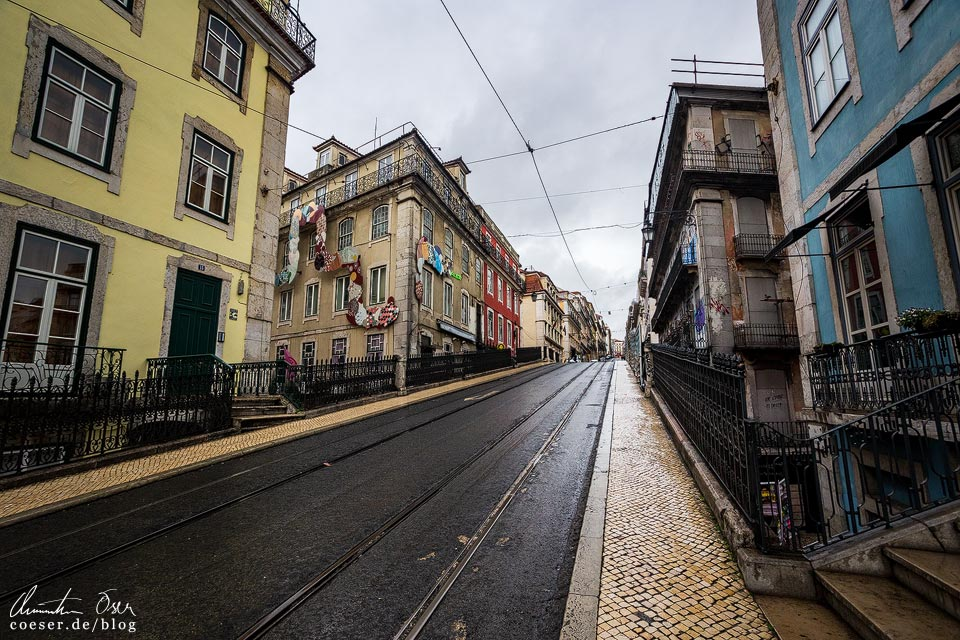 Aufgelassene Strecke der Straßenbahn (Tramway) in Lissabon