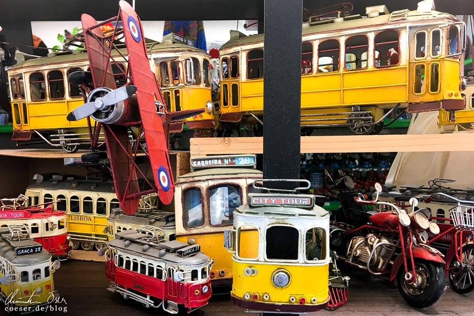 Straßenbahn-Souvenirs (Tramway) in Lissabon