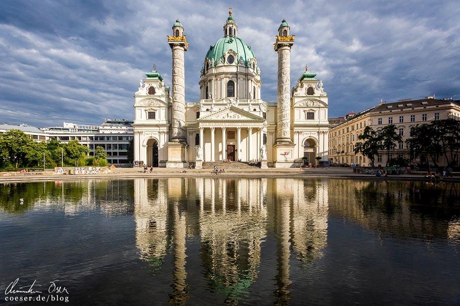 Fotospots Wien: Spiegelung der Karlskirche