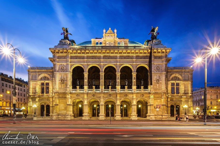 Fotospots Wien: Die Staatsoper zur blauen Stunde