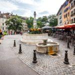 Der Place du Bourg-de-Four in Genf