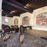 Kanonen und Mosaike im kleinen Artelleriemuseum (L'ancien arsenal) in Genf