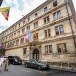 Außenansicht des Rathauses (Hôtel de Ville) von Genf