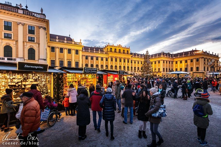 Weihnachtsmarkt Schloss Schönbrunn in Wien