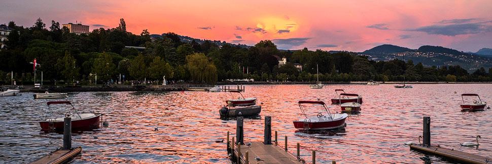 Sonnenuntergang im Hafenviertel Ouchy in Lausanne