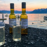 Wein aus dem Supermarkt, genussvoll zelebriert im Hafenviertel Ouchy