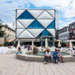Alltagstreiben im Viertel Flon in Lausanne
