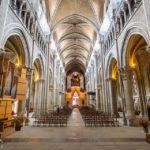 Innenansicht der Kathedrale Notre-Dame in Lausanne