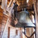 Glocken auf dem Turm der Kathedrale Notre-Dame in Lausanne